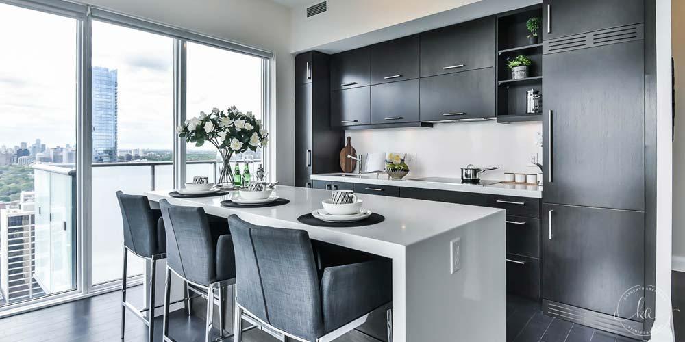 KA-Staging-Condo-Bay-Bloor-Kitchen_3-1