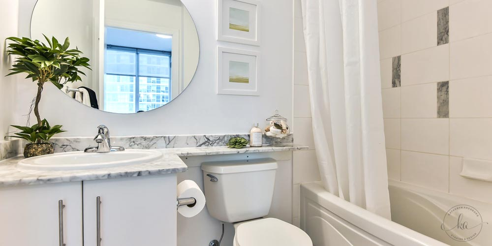 KA-Staging-Condo-Yonge-Bathoom-2-1