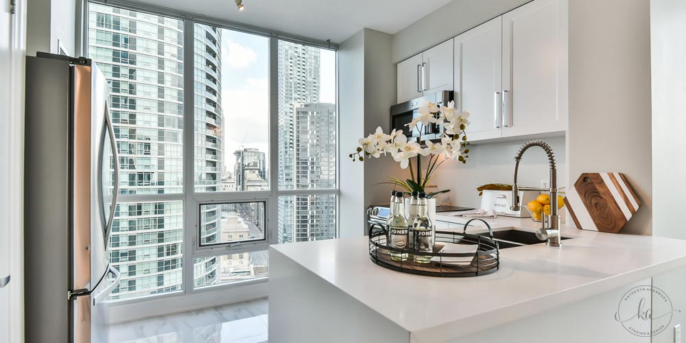 KA-Staging-Condo-Yonge-Kitchen-1