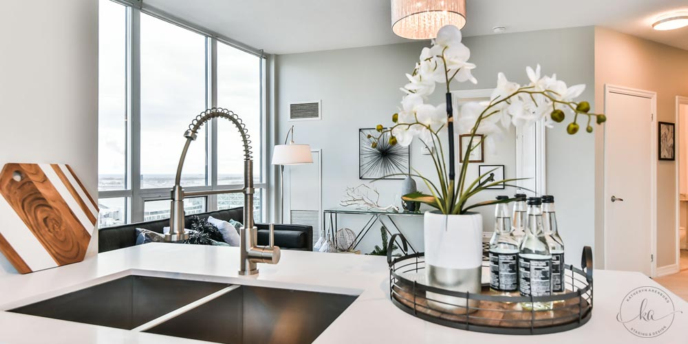 KA-Staging-Condo-Yonge-Kitchen-3-1